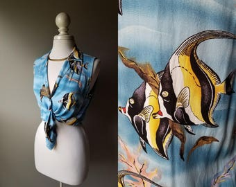 Vintage Tropical Fish Crop Top Sleeveless Fish Print Beach Button Down Shirt Croptop Hawaiian Angelfish Tie Top Hipster Summer Ocean