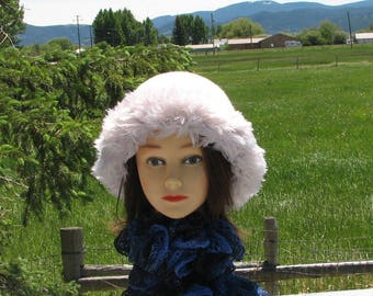 Knit Felt Off White Cloud Wool Fur Trim Hat  Crusher