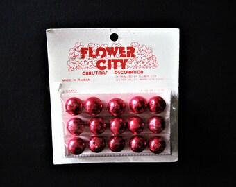 Tiny Red Ornaments, Mini Red Ornaments, Tiny Red Tree Decor, Vintage Mini Red Balls, Red Ornaments, Vintage Ornaments, Tiny Red Balls, Red