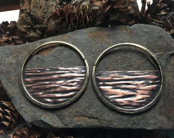 10g Wood Grain Hoop Earrings Brass Ritual Remains Mountain Jewelry Primitive Ear Weights Earrings Forest 10 Gauge Earring For Stretched Ears