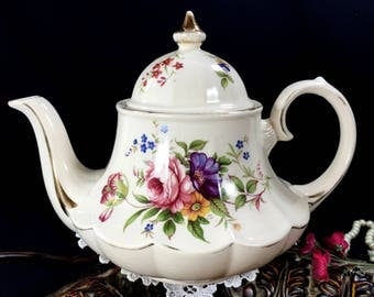 Sadler Teapot, Marquee Tea Pot, Carousel Tea, Bell Shaped, Vintage Pots, English Porcelain 12848