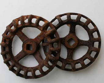Vintage Valve-Faucet Handles-Unique LARGE  Knobs -Vintage Hardware-Factory-Machinery Handle-Steam Punk Knob, Potting Shed Project,Urban chic
