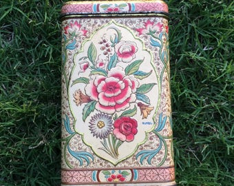 We've All Seen This Gorgeous Vintage Floral Tin A Time Or Two