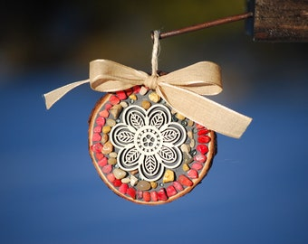 Cute flower ornament with Pink Mosaic stones and ribbon/Rustic garden decor/flower mosaic decor/mosaic ornament/gift for her/spring garden