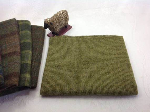 Moss Green Dot Texture, Mill Dyed Wool for Rug Hooking and Applique,  Select-a-Size, W409, Olive Green, Warm Green, Green and Black Wool