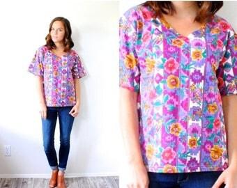 40% OFF CHRISTMAS in JULY Vintage Boho floral shirt // southwestern summer blouse // short sleeve slouchy top // blue summer shirt // floral