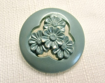 "Seaglass Blue-Green: Large 1-3/8"" (35mm) Vintage Pierced/Pressed Plastic Buttons - Lovely Floral Chic"