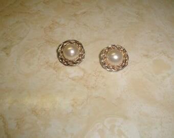vintage clip on earrings goldtone braid faux pearl