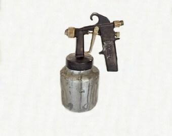Vintage Performance Paint Spray Gun, Industrial Tools, Painting Tool, Vintage Tools, Painting Accessories, Paint Sprayer, Performance Tools