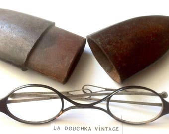 French 1800s Round/Oval Tortoise Eyeglasses Spectacles & Sterling Silver Temples - MADE IN FRANCE - Mint in Original Wood Case