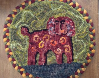 Folk Dog Hooked Chair Pad