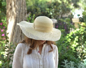 ladies wide brim hat / elegant sun hat for women / ladies straw hat / wedding hat / authentic Panama hat for women / natural Panama hats