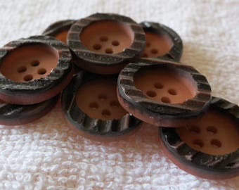 "8 Buttons, 4 hole, matched, 2 tones ,light brown central well, notched dark brown black rim. Approx 0.8"" 1ins across. CR13.2-3.2."