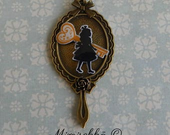 necklace alice in wonderland mirror key