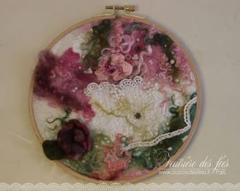 "Table of felt, silk and lace pink, green white ""My mini textile Garden"""
