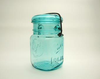Ball Ideal Bicentennial Pint Jar, Blue Ball Ideal Pint Jar, Bicentennial Pint Canning Jar, Blue Ball Pint Canning Jar, Wire Bail Canning Jar