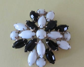 Vintage Black and White Milk Glass Brooch