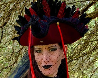 Steampunk rouge Burgundy corset tricorn hat