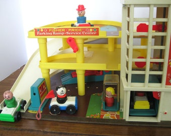 Vintage Toy - Fisher Price - Garage - 1970's - Little People - Retro Toy Figure Accessory
