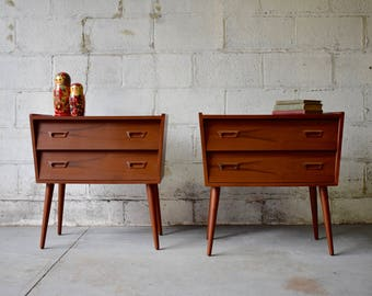 PAIR mid century Modern styled TEAK NIGHTSTANDS end tables