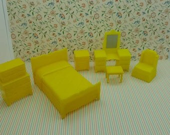 Marx Yellow Bedroom Traditional 6 Piece Dollhouse Toy Furniture Hard  Plastic Art Deco