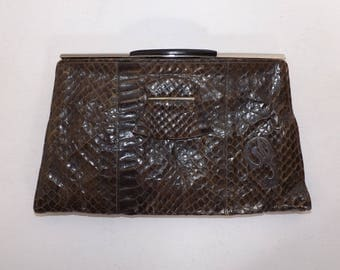 Vintage 1940s real snakeskin leather brown clutch handbag purse bag with initial P detail