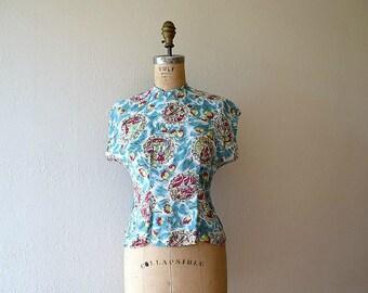 1940s novelty print blouse . vintage 40s top