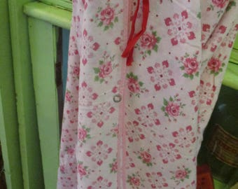 Vintage Pink Cotton Duvet Roses Print Summer Cottage Chic Bedding or Repurpose Vintage Roses Fabric