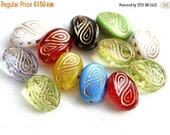 ON SALE Beads mix, Golden inlays, Green, large fantasy oval czech glass beads, Ornament, wavy beads - 17x13mm - 10Pc - 2675