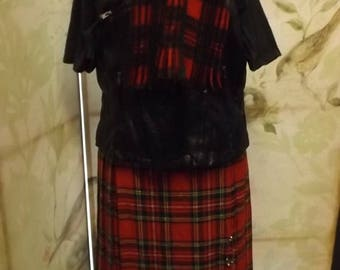 35% off Sale RED plaid wool skirt vintage 1980 Lord & Taylor size 10