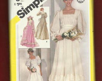 Vintage 1981 Simplicity  5362 Gunne Sax Romantic Garden Wedding Dress Size 12 UNCUT