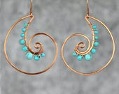 Cuivre câblage coquillage turquoise spirale Rococo boucle d'oreille fait à la main nous Anni dessins frais de port