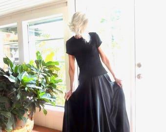 Vintage Tadashi gown minimalist 1990's black: small