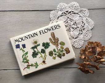 Vintage Illustrated Mountain Flowers Nature Wildflowers Book Botanicals Norwegian Guide 1963