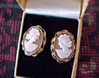Lovely Vintage Pair of Carved Shell Cameo Earrings