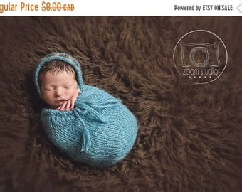 Happy Birthday sale FRENCH, Pod and hat knitting pattern for newborn, ideal photoprops