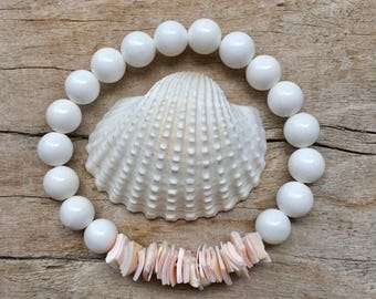 shell bracelet,  mermaid jewelry, beachcomber beach bracelet, pink shell chip bracelet