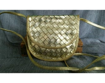 Vintage 1980s Bottega Veneta Gold Braided Woven Intrecciato Leather Shoulder Cross Body Bag Pouch Hard to Find