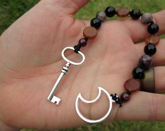 Hecate Mini Prayer Strand - Pocket prayer beads, travel prayer beads, pagan prayer beads - Greek goddess of witchcraft & the crossroads