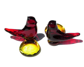 Cardinal of Love Art Glass Red Figurine W. Ward Votive Glass Paperweight One Titan Glass Amberina Birds 1990