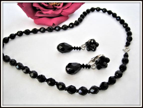 Black Jet Glass Beads - Vintage 60's Matching Earrings - Faceted Crystal Beads - 60's Choker