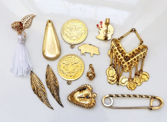 how to clean tarnished metal jewelry