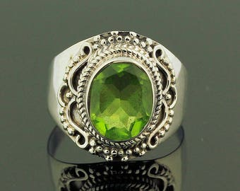 Amazing Green Peridot Ring // 925 Sterling Silver // Ring Size 6.5 // Handmade Jewelry