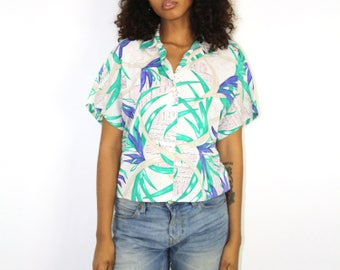 Hawaiian Top - Hawaii Rockabilly Resort Wear Womens Button Up Summer Shirt Beach Pool Beach Surf Vacation Cropped Cute Summer Small Medium
