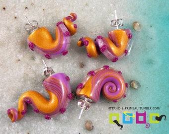 Fake Gauges Tentacle Earrings - Purple Royal Heir