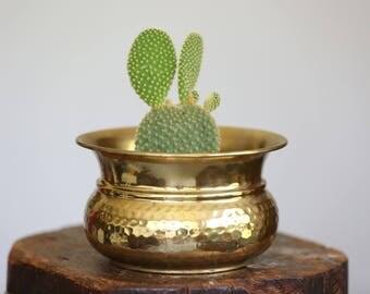 Vintage Hammered Brass planter, Brass pot, succulent planter, cactus planter