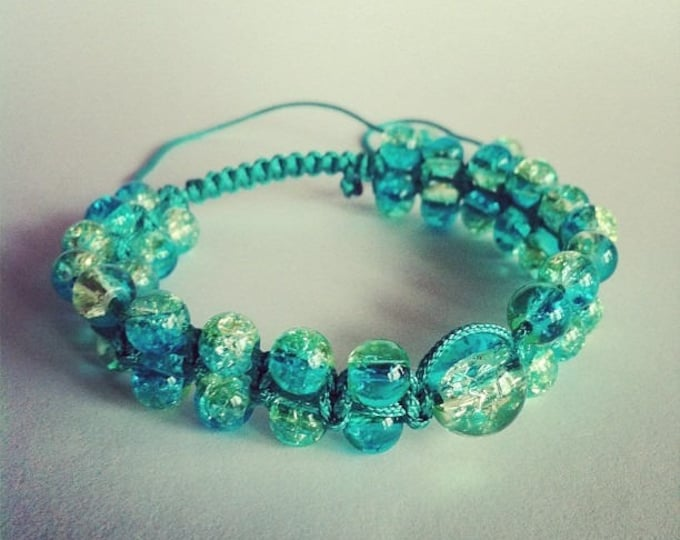 Adjustable Shamballa bracelet Crackle glass beads