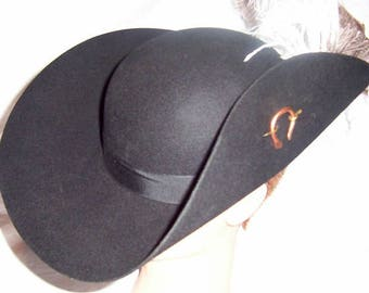 Deluxe Cavalier Hat