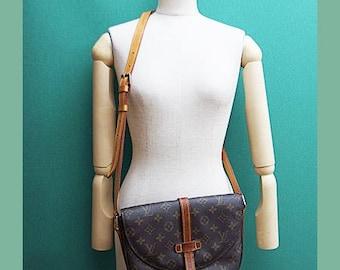 Louis Vuitton crossbody shoulder canvas bag vtg