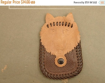 ON SALE vintage 50's tooled leather coin purse pouch, wolf shaped!